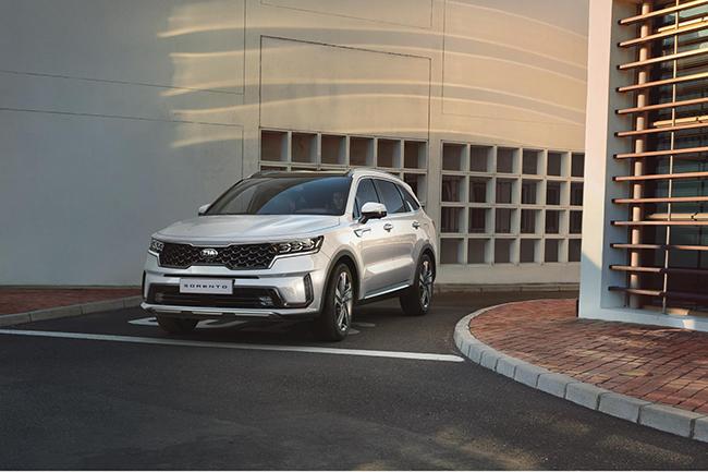 Suponemos que la gama, renovada, no perderá sus siete plazas, así como su cariz de SUV espacioso.