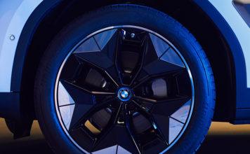 Nueva rueda del BMW iX3, más aerodinámica y eficiente.