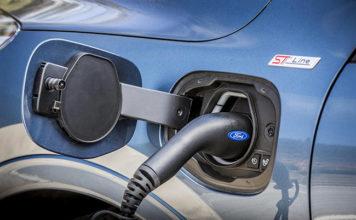 La versión híbrida enchufable incorpora una baterías de 14,4 kWh.