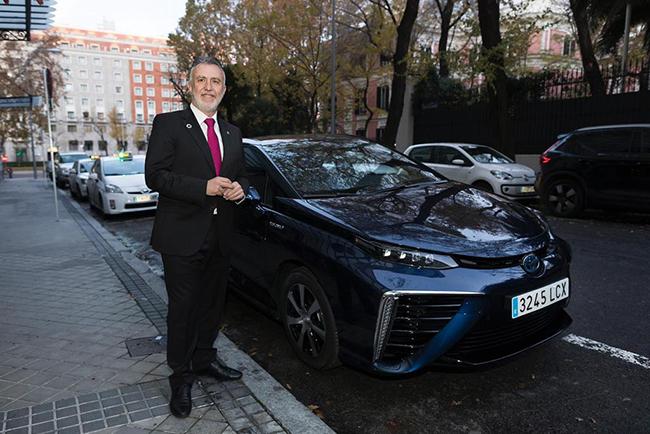 El Parlamento Europeo tiene un Mirai para hacer trayectos y demostrar los beneficios del hidrógeno como tecnología.