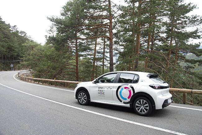Tuvimos la oportunidad de conocer, de primera mano, hace pocos días el nuevo Peugeot e-208. Nos transmitió sensaciones muy positivas.