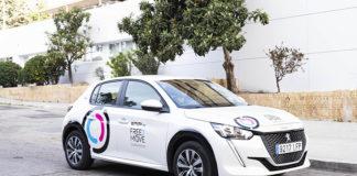 Free2Move inicia la renovación de su flota con el Peugeot e-2008.