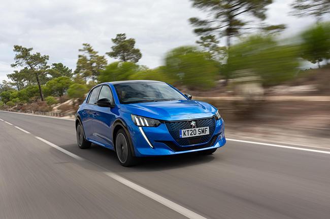 Desde septiembre, Peugeot ha conseguido unos 20.000 pedidos el e-208 en Europa.