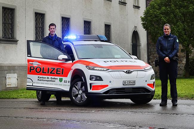 Policía del cantón Suizo San Galo con el Hyundai Kona..
