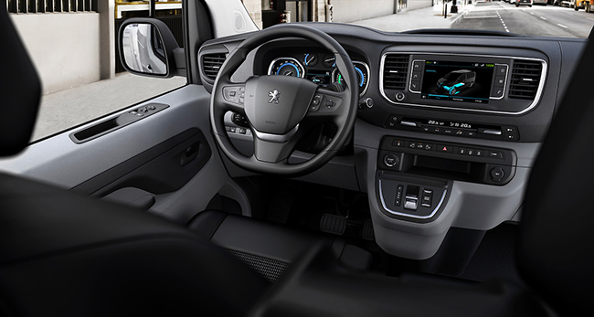 Peugeot e-Expert. Interior.