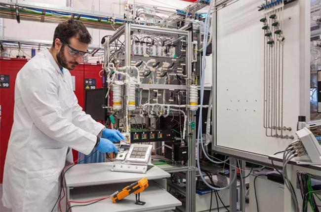 Toyota ha llegado a acuerdos con otras compañías, en otras zonas del mundo, para desarrollar tecnologías de hidrógeno.