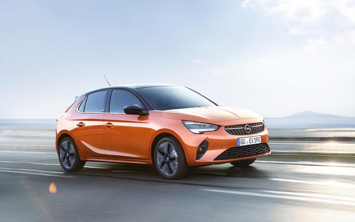 Con las ayudas del Gobierno, el Opel Corsa-e en acabado Elegance-e tiene un precio que parte de 24.500 euros.