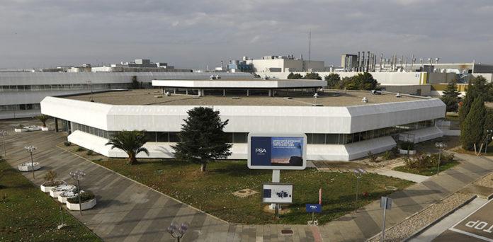 El Grupo PSA tiene tres plantas de producción de VE en España. En la imagen: la de Zaragoza.