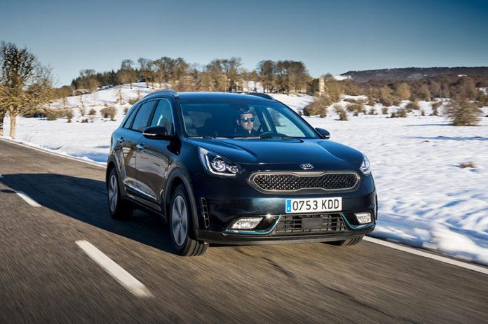 La demanda de vehículos PHEV y eléctricos Kia en Europa, en la primera mitad de 2020, ha ayudado a la marca a amortiguar los problemas producidos por la pandemia en el mercado. Foto: Kia Niro PHEV