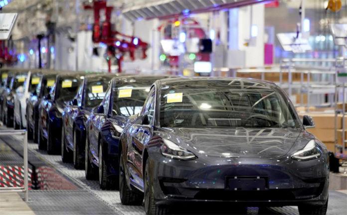 Aunque en Europa y Norteamérica el Tesla 3 ha bajado las ventas, ha sido el VE más vendido en China y en el mundo en el primer semestre.