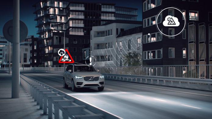 La evolución hacia la conducción autónoma pasa por el desarrollo de los sistemas ADAS, del coche conectado y de la infraestructura inteligente.