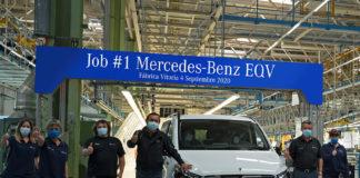 La planta de Mercedes-Ben Vitoria produce el primer gran monovolumen eléctrico del mundo, el EQV.