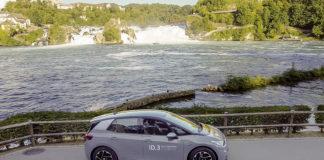 Volkswagen garantiza al sostenibilidad de la cadena de suministro de las materias primas para baterías. En la foto: el VW ID.3.