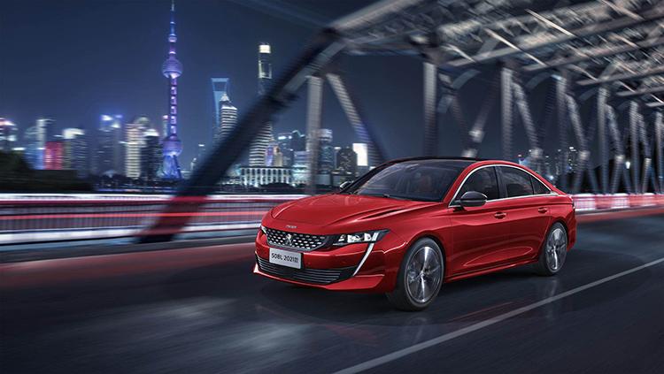 El nuevo Peugeot 508 L, en versión híbrida enchufable, llegará al mercado chino antes de fin de 2020.