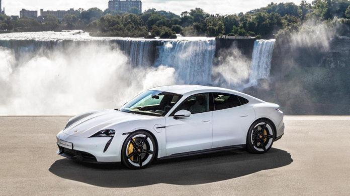 El Porsche Taycan ha sido nombre el coche