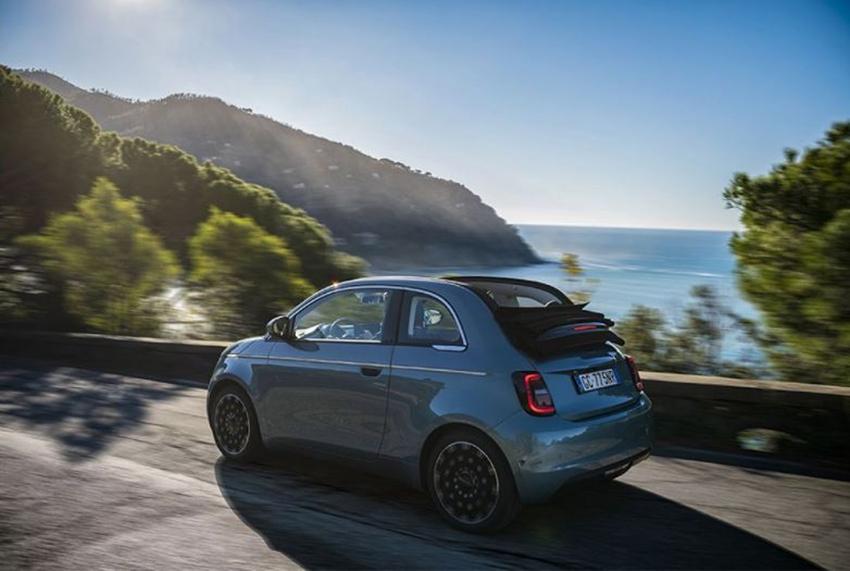 El FIAT 500 ha conseguido, en las pocas semanas desde su lanzamiento, cuatro premios europeos.