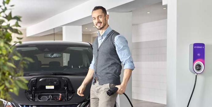 Una mayor adopción de vehículos eléctricos, entre las principales tendencias.