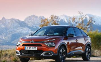 """Citroën C4, uno de los 7 finalistas al """"Car of the Year 2021""""."""