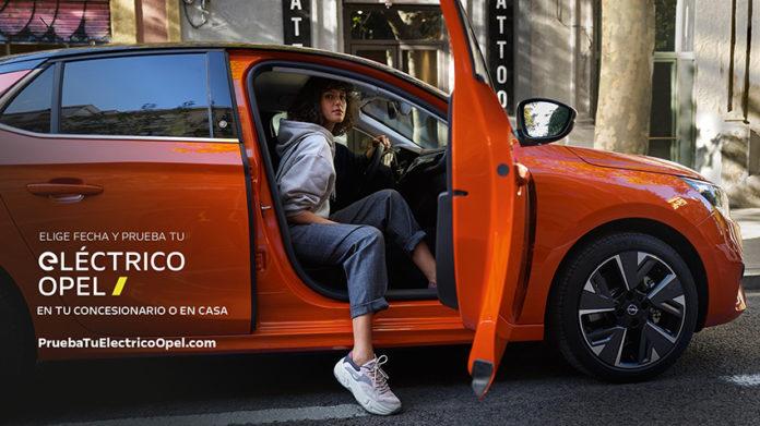 El nuevo servicio de la marca te acerca cualquier Opel electrificado a tu domicilio para que lo puedas probar.