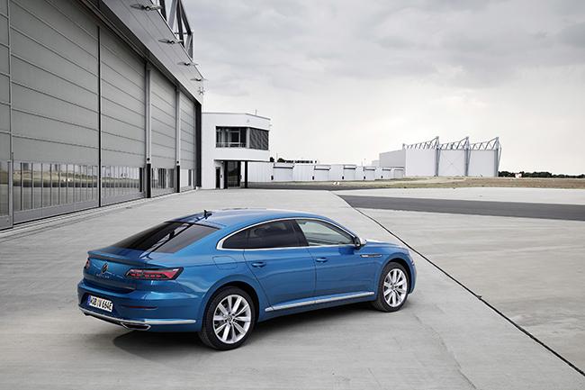 La autonomía en eléctrico es de 59 km para el Arteon y de 57 km para el Shooting Brake.