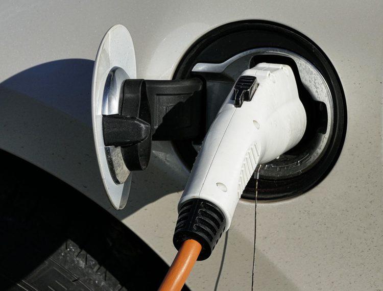 Según la BBC, ya hemos pasado el punto de inflexión de ventas de coches eléctricos. A partir de ahora, la expansión es imparable.