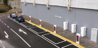 La última estación de supercargadores en Europa de Tesla se ha abierto en Atenas.