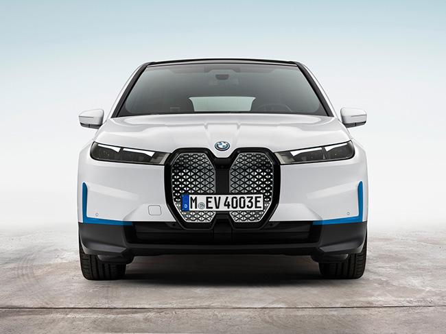 Frontal BMW iX