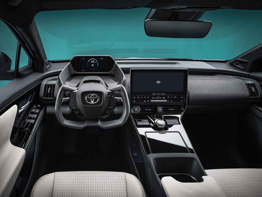 toyota bz4x diseño interior
