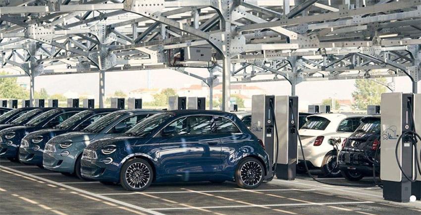 Free2Move eSolutions renting automóviles eléctricos