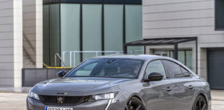 Uno de los vehículos disponibles del Peugeot e-EXPERIENCE DAYS será el 508 PSE, el coche de serie más potente jamás fabricado por la marca del león.