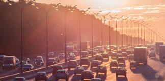Parque de automóviles en España