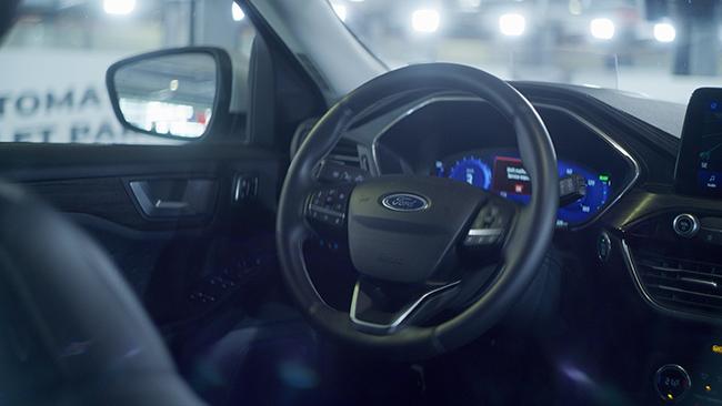 Tecnología de aparcamiento autónoma de Ford.