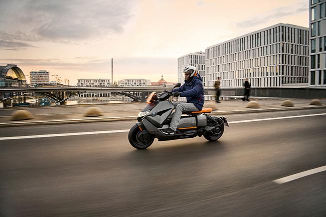 BMW Motorrad CE-04.